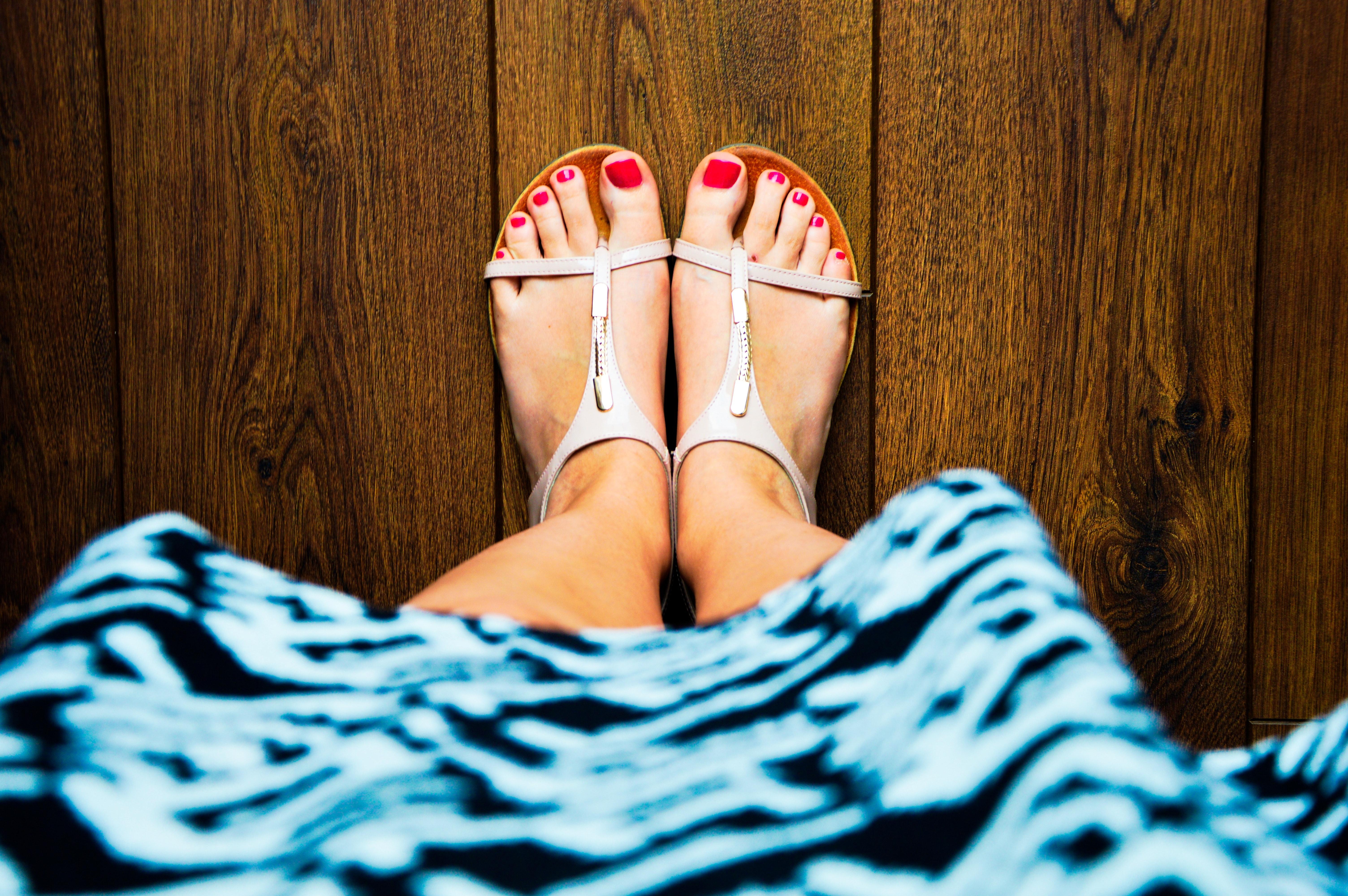 Фото женские ножки ступни, русское порно поимел в бане